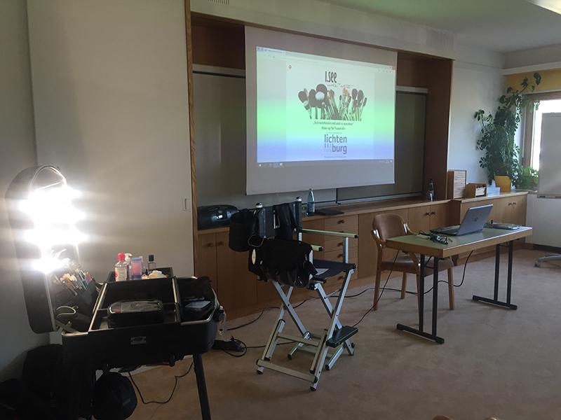 Bildungshaus Lichtenburg Nals / Centro di Formazione Nalles - Make-up-Kurs 21-72: Sich wohlfühlen und auch so aussehen